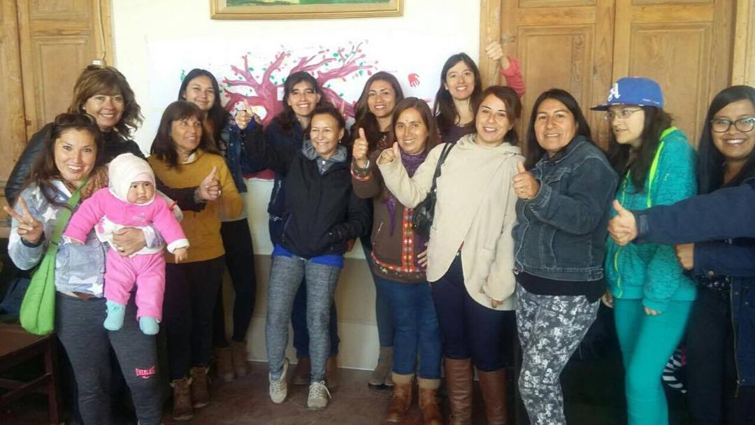 Photo of Mujeres recibieron herramientas que les permitirá fomentar la corresponsabilidad en el hogar en Vicuña