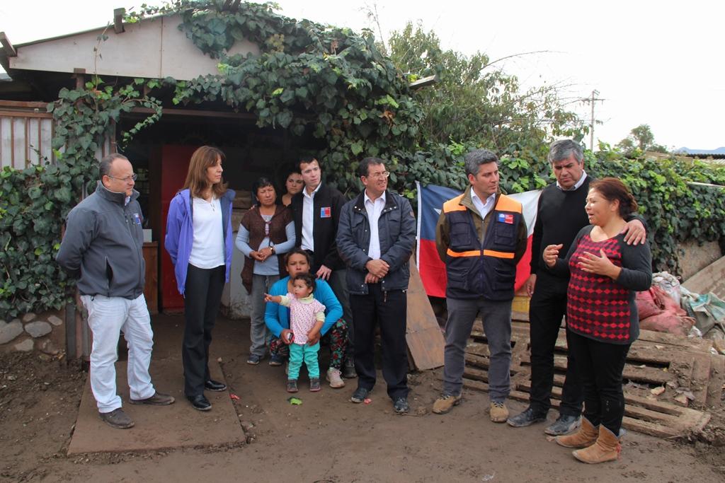 Photo of Gobierno entrega recursos comprometidos para mitigar costos de reparación de viviendas