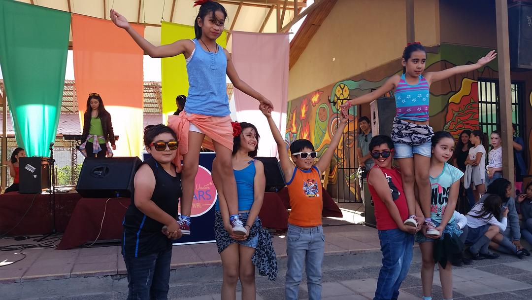 """Photo of Paihuano celebra su 8° Festival de la Canción """"Singing Under The Stars"""" junto a Fundación Educacional Oportunidad"""