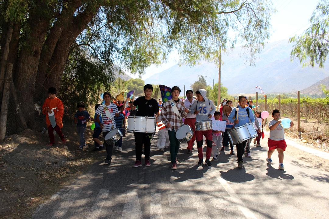 Photo of Niños y niñas de Diaguitas realizan marcha en pro de la protección al medio ambiente