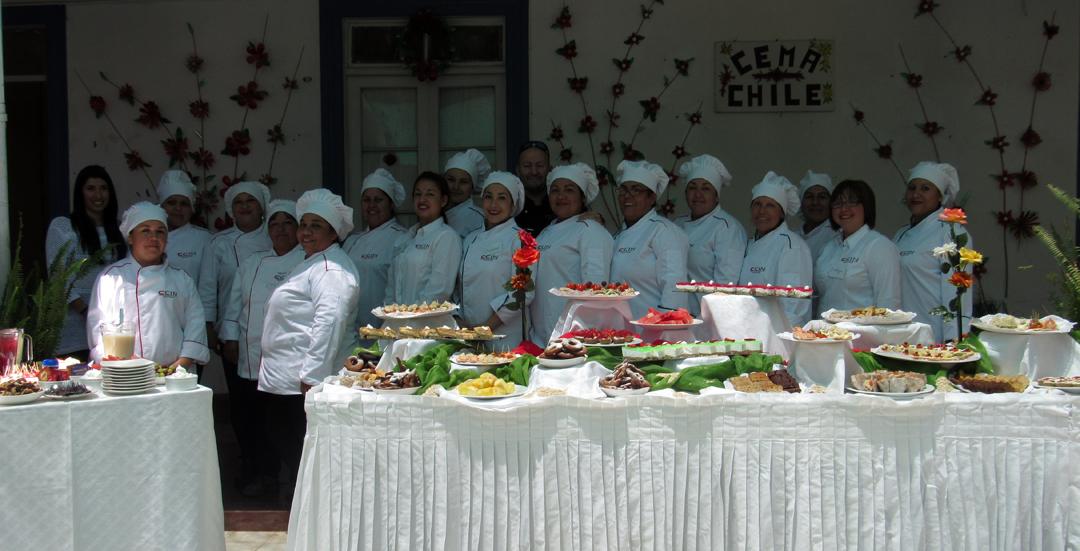 Photo of Mujeres se capacitaron en repostería para enfermos crónicos en Vicuña