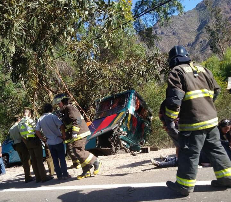 Photo of Dos buses de recorrido Valle del Elqui protagonizan choque en El Maitén