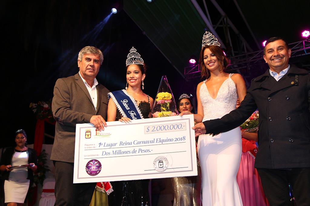 Photo of Sharon Rivera Pozo es la nueva reina del Carnaval Elquino 2018
