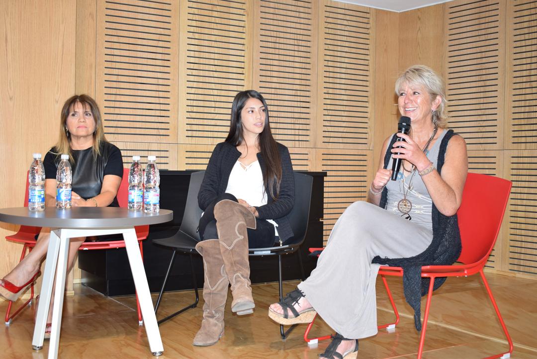 Photo of Con encuentro de emprendedoras INACAP y la Biblioteca Regional Gabriela Mistral celebraron el Día Internacional de la Mujer
