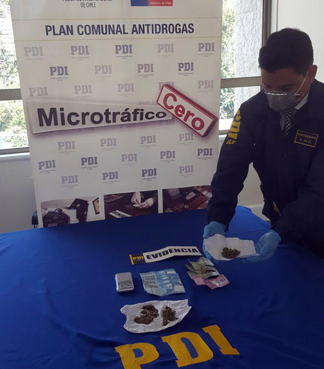 Photo of PDI detiene  a sujeto por microtráfico en Vicuña