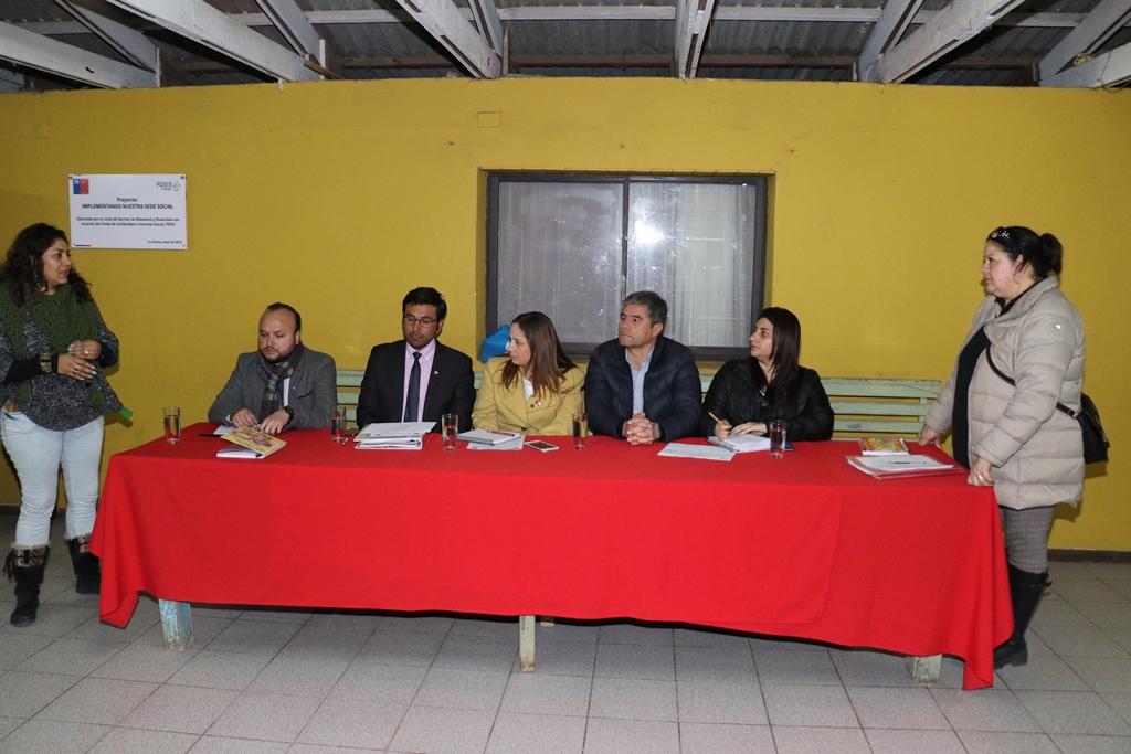 Photo of Gobierno se reúne con vecinos de Altovalsol, Coquimbito y Bellavista