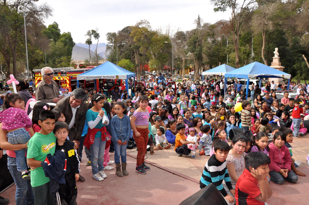 Photo of Con show infantil y juegos inflables se celebrará el Día del Niño en plaza Gabriela Mistral de Vicuña