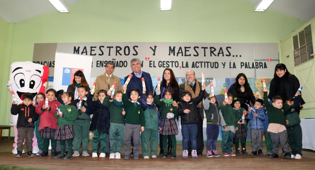 Photo of Estudiantes de Vicuña reciben Kit Dental del Programa Escuelas Saludables de Junaeb