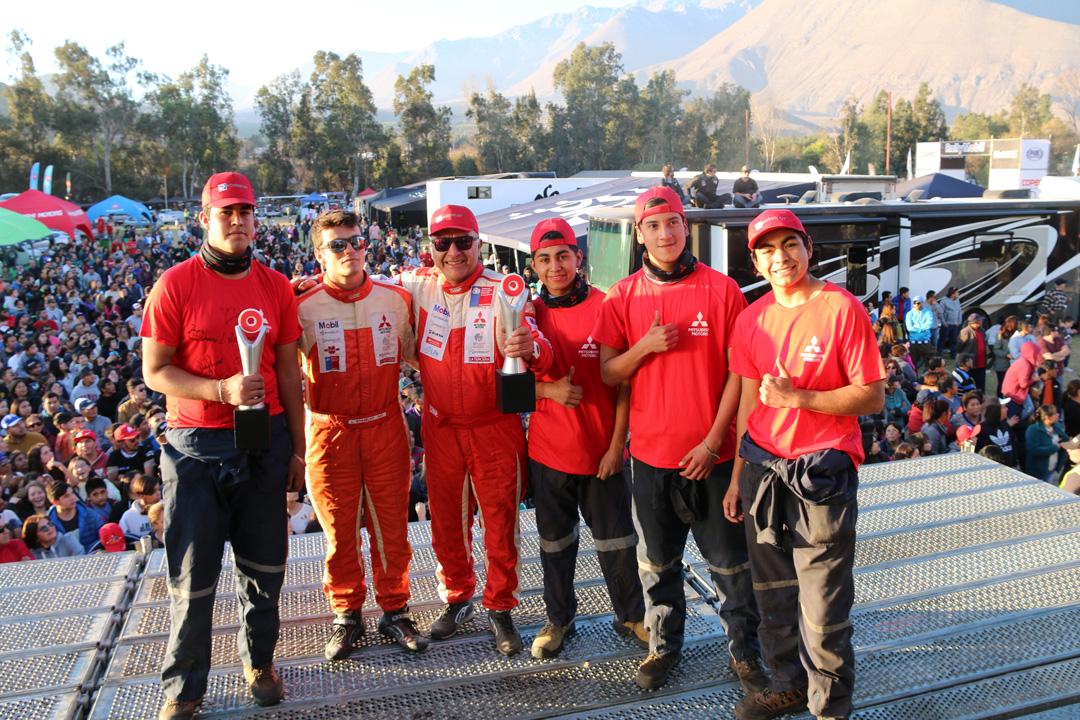 Photo of Estudiantes del Liceo de Vicuña en el RallyMobil 2018