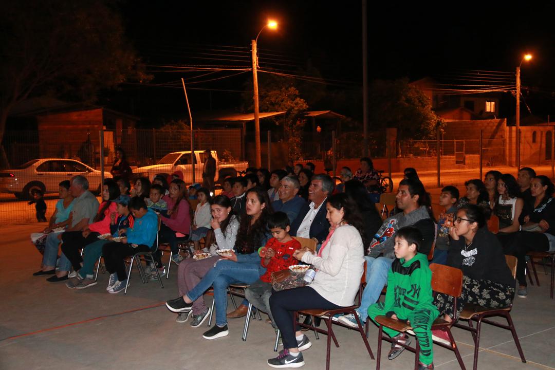 """Photo of En El Arenal se vivió una nueva jornada del Programa """"Derechito al cine"""""""