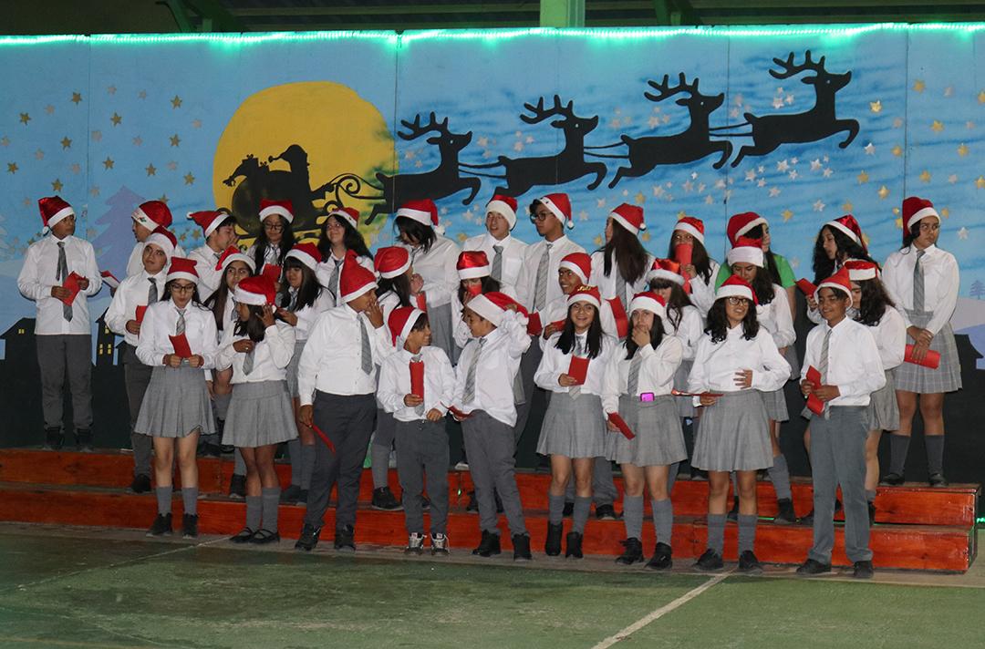 Photo of Un éxito fue la Gala Navideña del colegio Edmundo Vidal Cárdenas de Peralillo