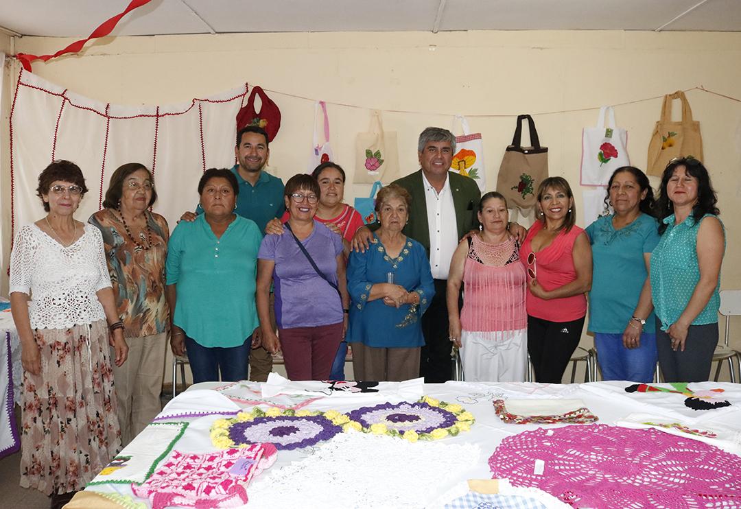 Photo of Centro de madres de Peralillo realizó la muestra anual de sus creaciones