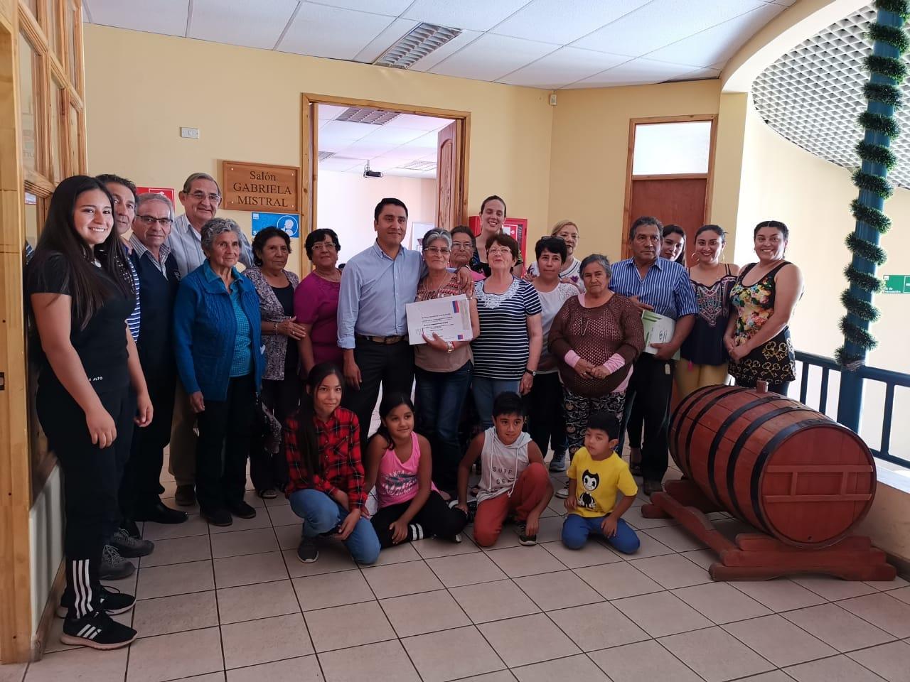 Photo of Organizaciones sociales de Paihuano reciben fondo social para implementar sedes o compra de materiales