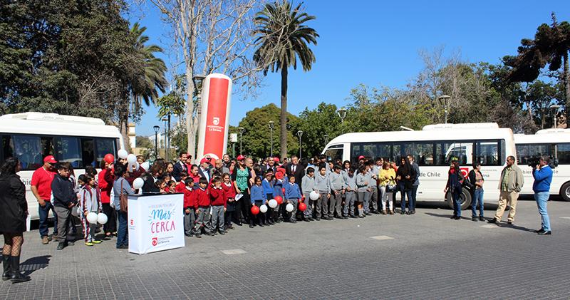 Photo of Colegios rurales de La Serena reciben 4 buses para el traslado de sus estudiantes