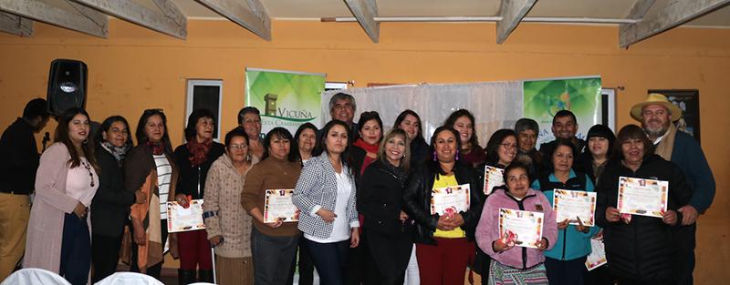 Photo of 15 mujeres de Calingasta se certificaron en taller de jabonería