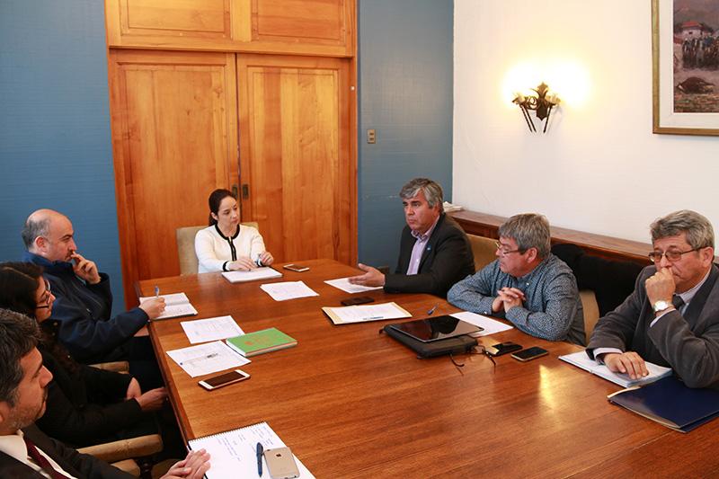 Photo of Alcalde de Vicuña plantea urgencia en la llegada de recursos para paliar la sequía y desempleo