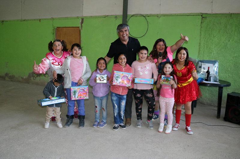 Photo of Niños de Chapilca celebran su día con apoyo de vecinos y el municipio