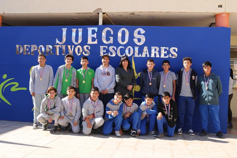 Photo of 11 establecimientos de la comuna dieron vida a los juegos escolares en Vicuña