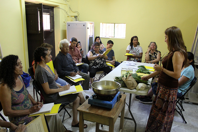 Photo of Con alta participación comenzó la 1ª sesión de taller de herbolaria en Vicuña