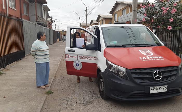 Photo of Municipio de La Serena redobla entrega de medidas preventivas a vecinos de toda la ciudad