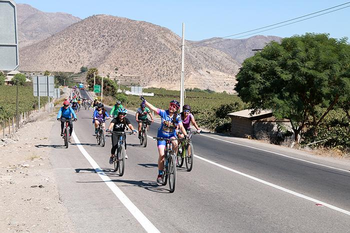 """Photo of """"Cicletada de la Mujer"""" convocó a decenas de asistentes en la ruta Vicuña-Gualliguaica"""