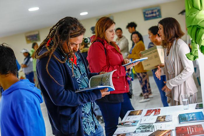 Photo of Lanzan libro sobre las memorias de los antiguos habitantes costeros de la comuna de La Higuera