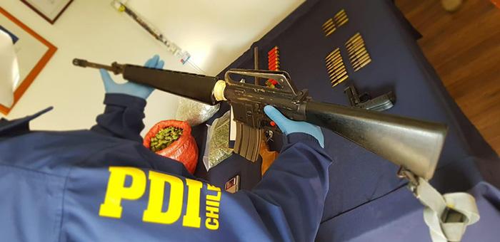 Photo of Fiscalía formaliza a sujeto por tráfico de drogas y tenencia de armas, entre éstas, un fusil de guerra