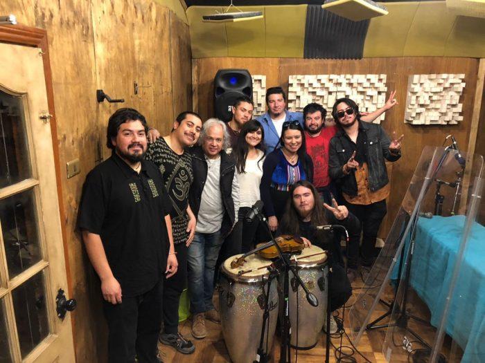 Photo of Banda Tricahue lanza video para su canción «Bolero Gris»