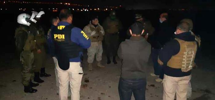 Photo of Detienen a 36 personas en fiesta clandestina realizada en Coquimbito