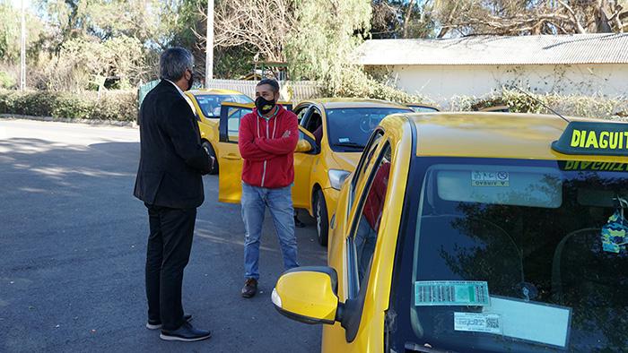 Photo of Vicuña: Conductores y pasajeros de locomoción colectiva menor ahora están más protegidos
