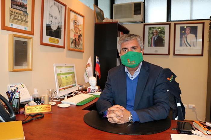 """Photo of Rafael Vera, alcalde de Vicuña: """"Tenemos que seguir haciendo todas la acciones que sean necesarias para poder frenar el virus"""""""