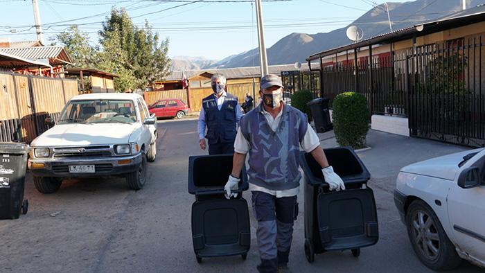 Photo of Comienza entrega de más de 11 mil contenedores de basura para vecinos de Vicuña