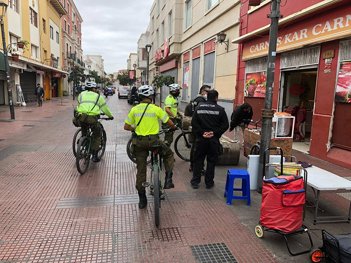 Photo of Buscan evitar la instalación del comercio ilegal en el centro de La Serena