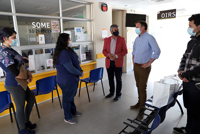 Photo of Realizan donación de mascarillas a los centros de salud de Vicuña
