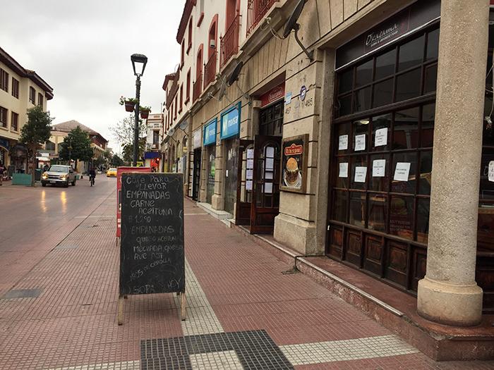 Photo of Solicitarán la reapertura de locales como restaurantes y cafés al exterior, tomando todas las precauciones sanitarias