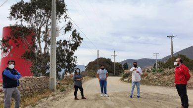 Photo of Acogen inquietud de vecinos de El Hinojal por cortes de suministro
