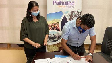 Photo of SENDA firma acuerdo con Municipalidad de Paihuano para prevención de consumo de alcohol y otras drogas