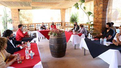 Photo of Productores pisqueros y Ministra de Agricultura analizan escenario productivo local