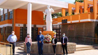 Photo of Municipio de Vicuña entrega ofrenda floral a los pies de Gabriela Mistral en su 132 natalicio